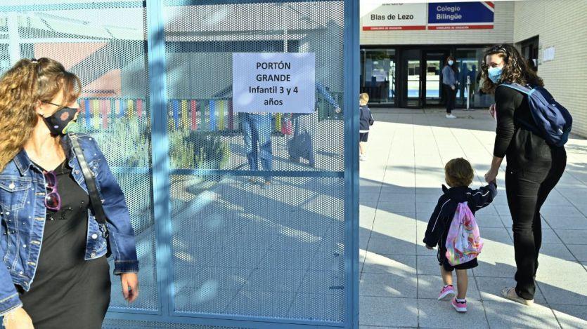 El calendario del curso escolar en Madrid podría alargarse aún más por las elecciones