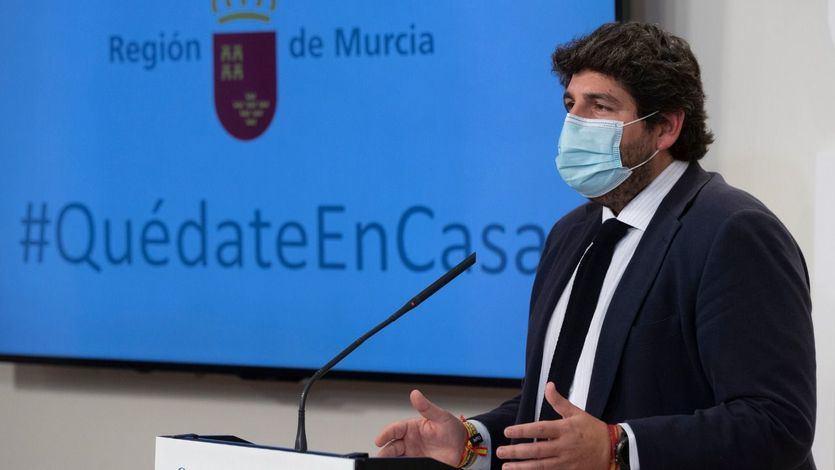 Moción de censura en Murcia: los 3 ex diputados de Vox siguen sin desvelar qué votarán