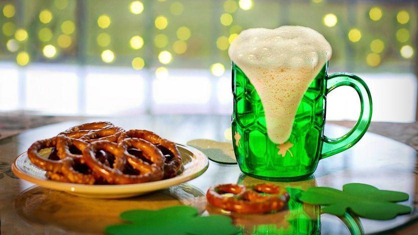 Comidas y bebidas populares irlandesas por el Día de San Patricio