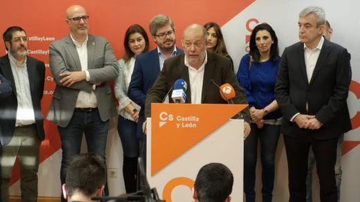 Arranca la moción de censura en Castilla y León con la incógnita de cuántos diputados de Ciudadanos cambiarán de bando