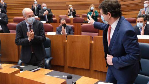 Segundo fracaso del PSOE: Mañueco supera la moción de censura en Castilla y León