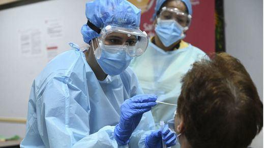 La incidencia sigue subiendo tras sumar 5.516 nuevos contagios y 201 fallecidos