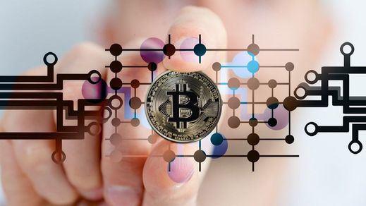 Tesla se entrega al bitcoin: Acepta la criptomoneda en la compra de coches