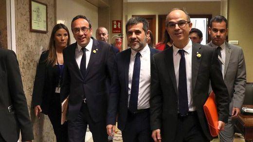 El Constitucional rechaza de nuevo suspender la condena a Rull, Sánchez, Turull y Forn