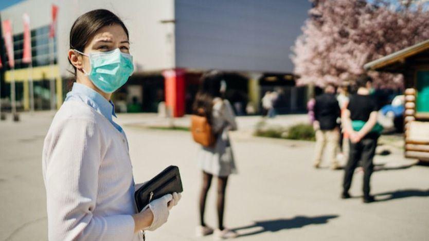 El coronavirus repunta: Sanidad notifica 7.026 contagios y 320 muertos