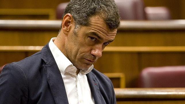 La hemeroteca 'rescata' las críticas que intercambiaban Toni Cantó y el PP