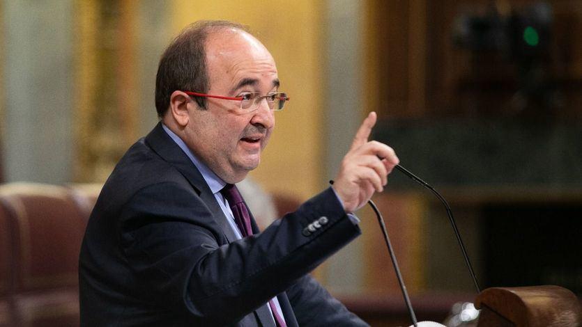 Miquel Iceta, el primer ministro del Gobierno que recibe la vacuna contra el coronavirus