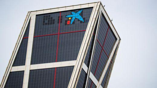 CaixaBank inicia el cambio de rotulación de los edificios de Bankia