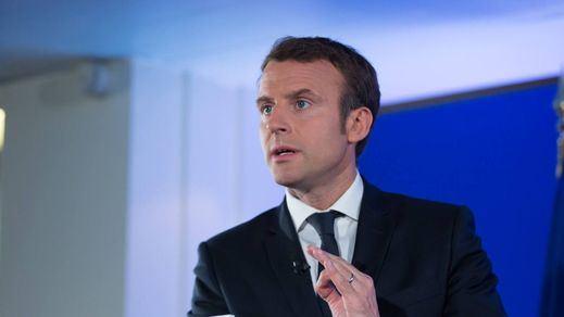Francia, al límite: Macron podría decretar un nuevo confinamiento