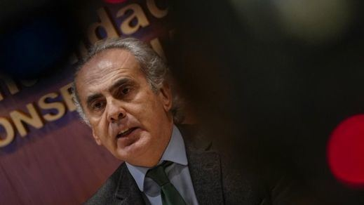 El consejero de Salud madrileño confirma los contactos con Rusia para conseguir la vacuna Sputnik
