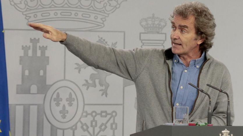 Fernando Simón se aparta de la lucha partidista en Madrid y Ayuso se apunta un tanto ante Sánchez