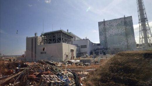 Japón verterá al Pacífico el agua contaminada de la central de Fukushima