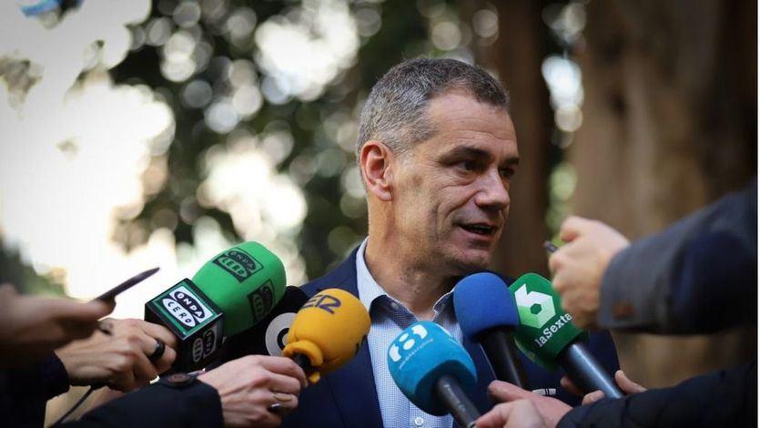 El Constitucional admite a trámite el recurso del PP contra la exclusión de Toni Cantó de su lista electoral