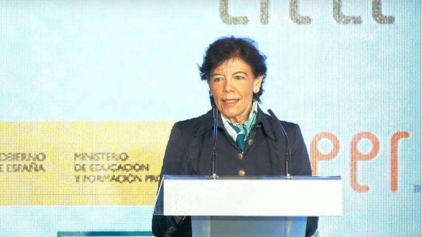 Isabel Celaá, en el  acto del Día del Libro