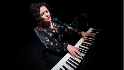 La polifacética Sheila Blanco presenta en los Teatros del Canal su disco 'Cantando a las poetas del 27' (vídeo con entrevista)