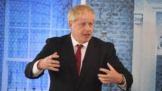 '¡No más putos confinamientos! Que se apilen los cuerpos por miles': las polémicas palabras de Boris Johnson