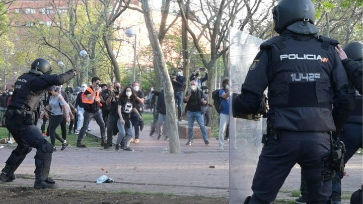 El Ayuntamiento de Madrid se contagia de la crispación del 4-M en la dispar condena a los ataques en campaña