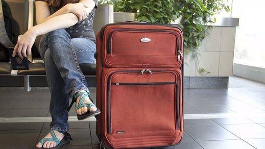 El Europarlamento da el OK a crear el 'pasaporte covid' para viajar libremente