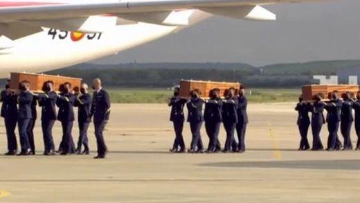 Llegan a España los cuerpos de David Beriain y Roberto Fraile, asesinados en Burkina Faso