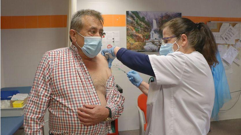 Importante acelerón en la vacunación del colectivo de entre 70 y 79 años