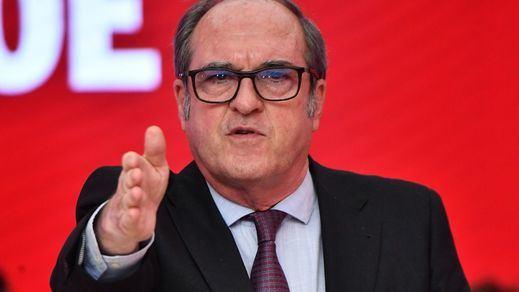 Todas las alarmas se encienden en Ferraz: el PSOE teme un hundimiento total tras la debacle de Madrid