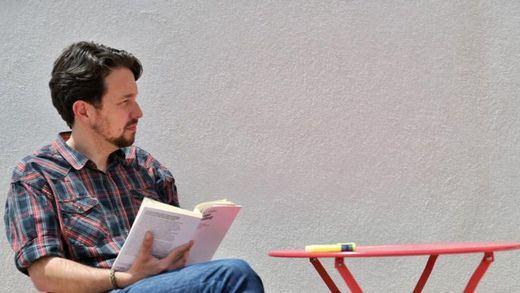 Pablo Iglesias se corta su emblemática coleta tras dejar la política
