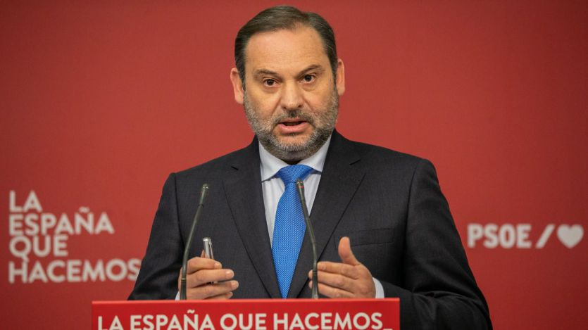 Ábalos: 'El Gobierno no se detiene, mal que le pese a la derecha'