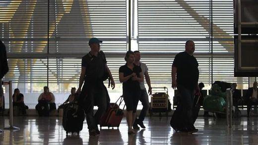 España permite desde hoy la entrada de turistas de una decena de países sin restricciones