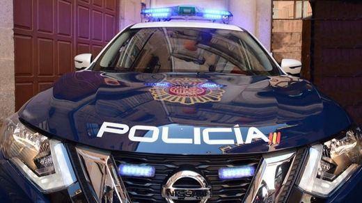 Un hombre amenaza con un cuchillo a varias personas en el centro de Zaragoza
