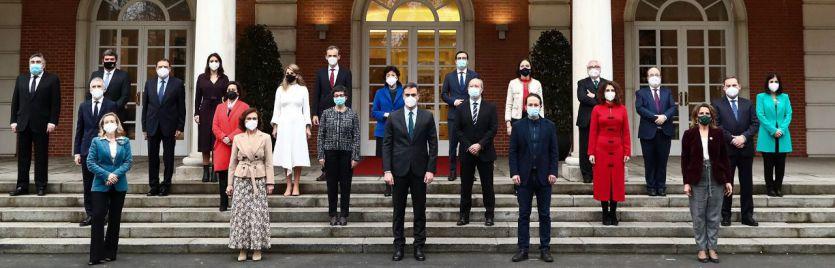 ¿Se viene una crisis de Gobierno?: Sánchez estaría planificándola tras los indultos y lo peor de la pandemia