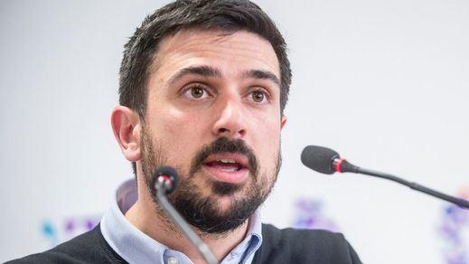Ramón Espinar, ex de Podemos, defiende la vacunación de la Selección y se lía en redes