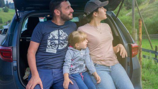 La OCU desaconseja el uso de alzadores para niños en el automóvil