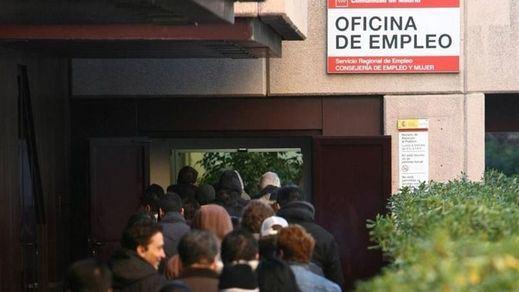 El discutido informe del Banco de España que asegura que la subida del salario mínimo destruyó unos 100.000 empleos