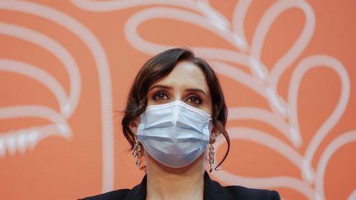 Ayuso renueva en Madrid a los más de 11.100 sanitarios extras que se contrataron por la pandemia