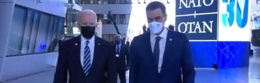 El encuentro de Sánchez y Biden, por ahora sólo una conversación de unos segundos