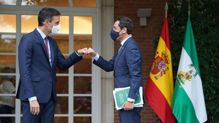 Moreno pide 'diálogo permanente' a Sánchez y se desmarca de Ayuso respecto al Rey y los indultos