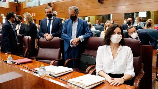 Isabel Díaz Ayuso, investida presidenta de la Comunidad de Madrid con el apoyo de Vox