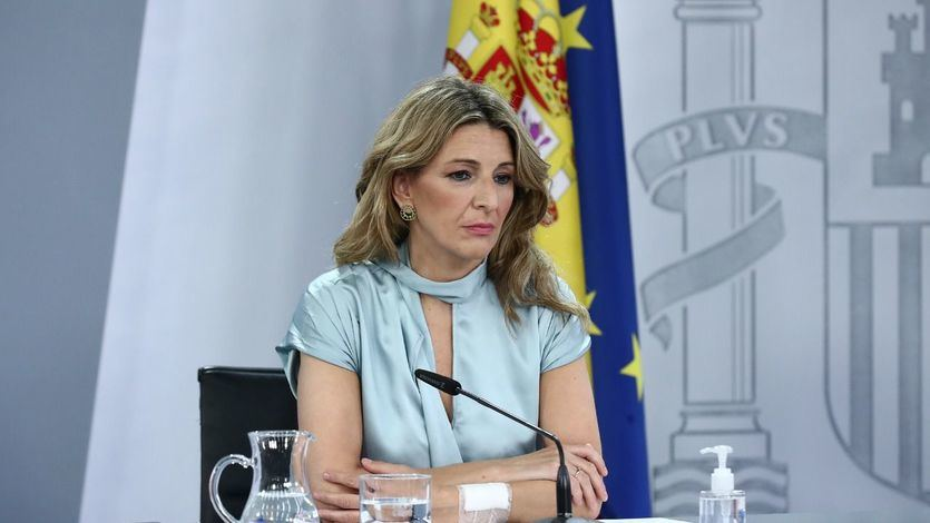 Lío en redes por el 'borrado' de 3 másteres 'falsos' de Yolanda Díaz en la web de Moncloa