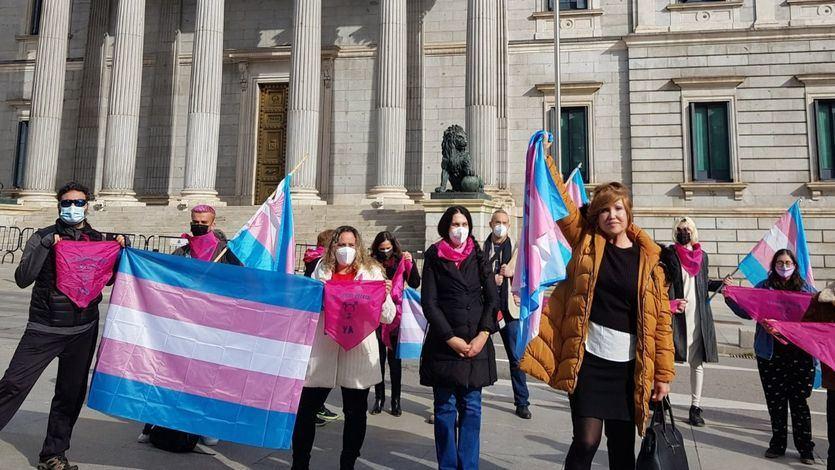 El PSOE cede y aceptará que en la 'ley trans' figure el cambio de sexo sin informe médico