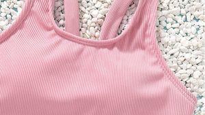 Exigen la retirada de los controvertidos bikinis con relleno para niñas de 5 años