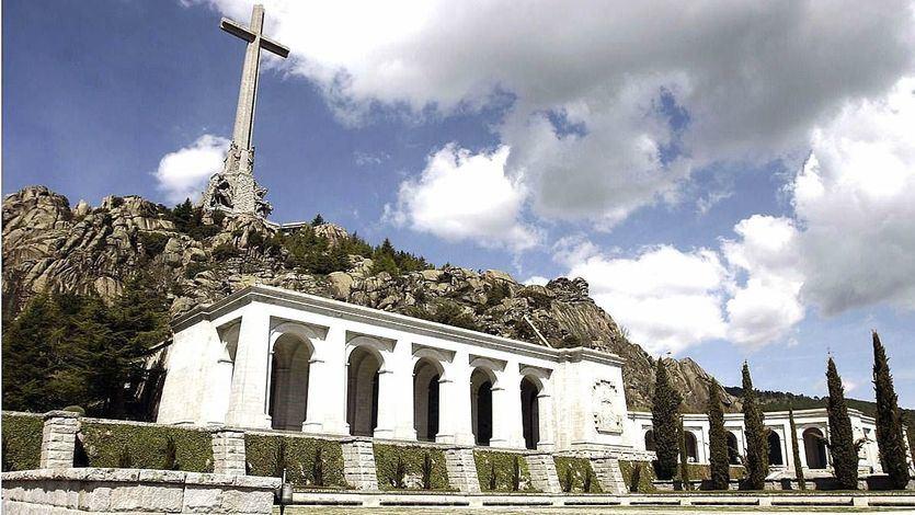 Moncloa ya tiene el permiso para iniciar las exhumaciones en el Valle de los Caídos