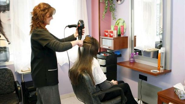 ¿Qué ha pasado con la rebaja del IVA a las peluquerías?