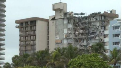 Ascienden a 5 los muertos en el derrumbe de Miami y hay 156 desaparecidos