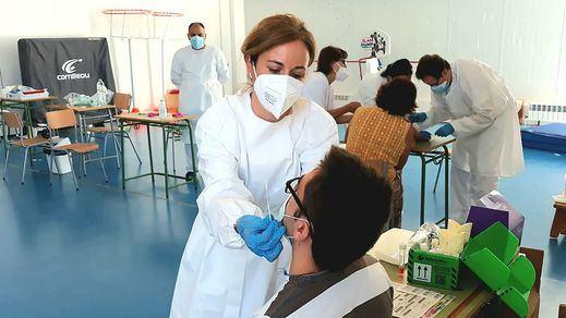 Los contagios aumentan en España pese a los extraordinarios datos de vacunación