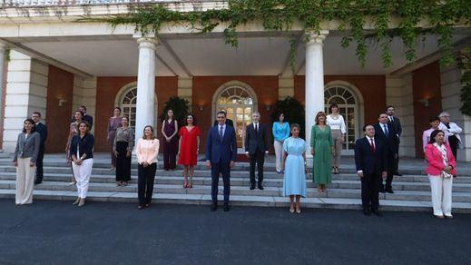 El Gobierno luce nuevo gabinete en foto: Sánchez y su cambio de rumbo para acabar la legislatura