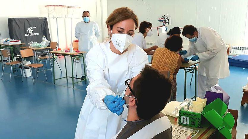 España supera los 4,1 millones de contagios y los 50 millones de vacunas administradas