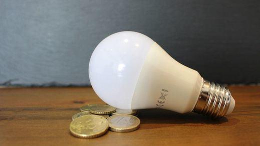 El precio de la luz sigue al alza y el martes será el segundo más caro