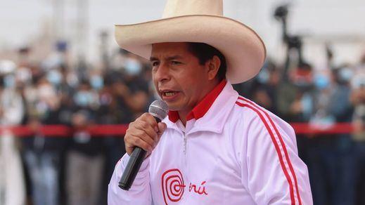 Perú pone fin al culebrón presidencial: el izquierdista Pedro Castillo, proclamado ganador