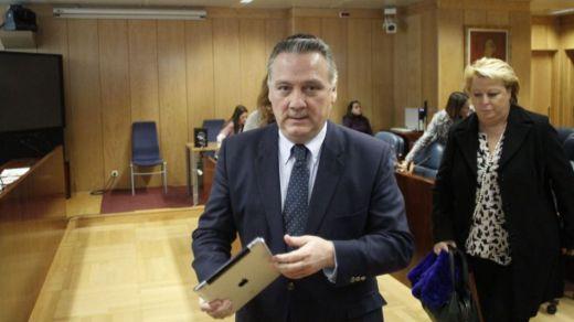 El ex consejero madrileño Alfredo Prada y otros 5 encausados irán a juicio por el Campus de la Justicia