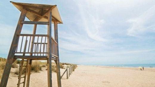 Las playas andaluzas que cierran de noche por el covid a partir de hoy